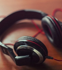Top Christmas gift ideas for music lovers