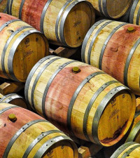 Drought, tough economy hurt SA wine sales