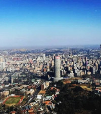 [MUST READ] Troniiq Sithole's thread on how to survive in Joburg is brilliant