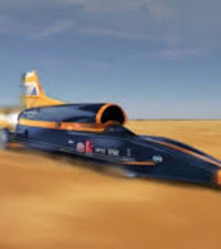 Bloodhound car to break land speed record in South Africa