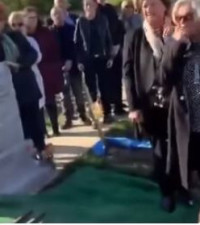 [WATCH] Irishman makes mourners laugh at his funeral