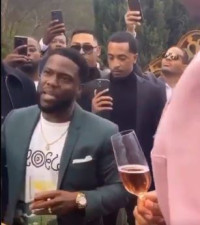 [WATCH] How do you want your book to end? Kevin Hart's speech goes viral