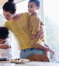 Here's what you need to know about financial planning as a single mother