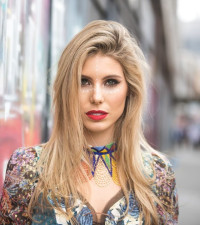 Cara Frew Joins us on the #CokeTop40JHB