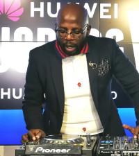 [WATCH] DJ Maphorisa performs LIVE on Ayanda MVP