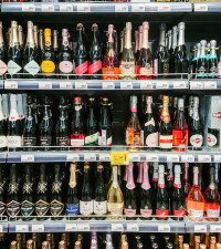 Cosatu calls for alcohol sales ban to be lifted, says black market thriving