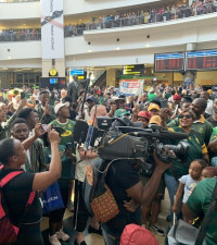 First group of Springboks arrive home