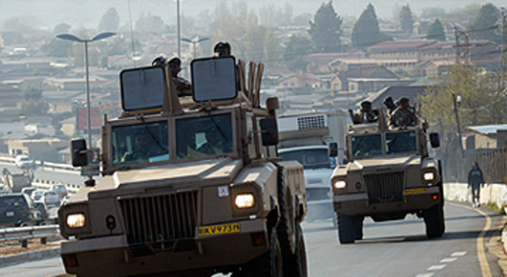 Zille explains five ways the army's intervention could help fight Cape crime