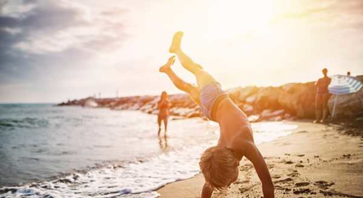 7 tips to keep kids entertained at the beach