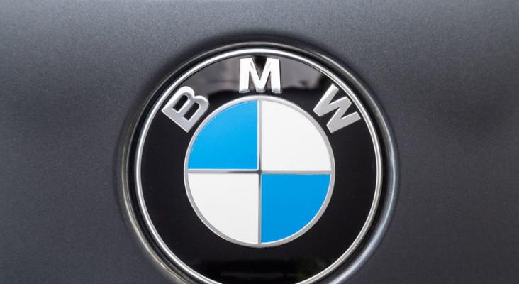 [WATCH] Mzansi is loving BMW's tribute to 'igusheshe' – the iconic BMW 325i