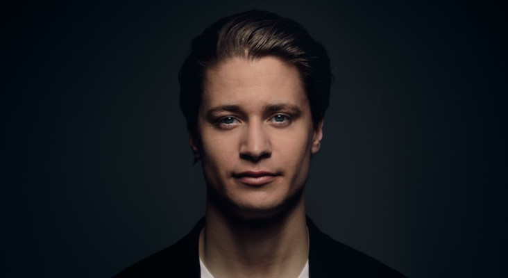Kygo performs at Avicii tribute concert