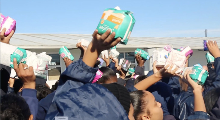 The Flash Drive and Dis-Chem Foundation bring sanitary pads to Soneike High