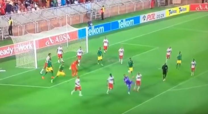 WATCH: SA 'keeper scores stunning overhead kick in last minute