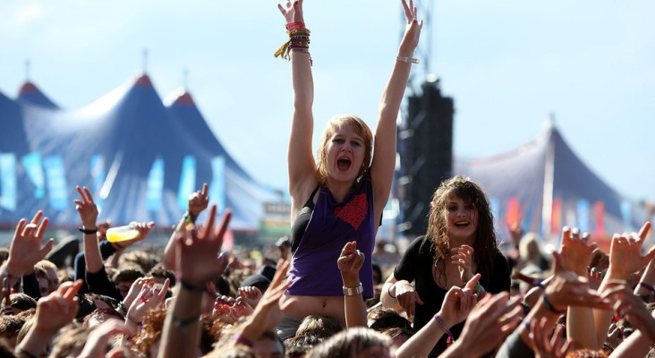 Rock Albums Topped US Music Sales in 2013