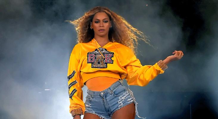 [WATCH] #Beychella: Beyoncé becomes first black woman to headline Coachella