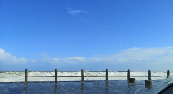 Capetonians share videos of sea foam surge from Sea Point Promenade