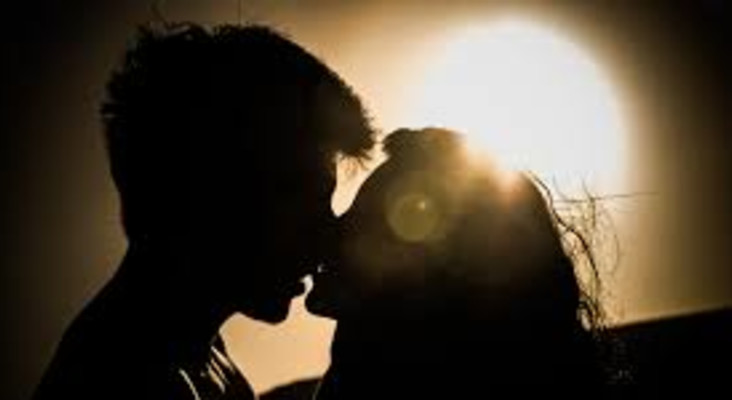 Why do people kiss? Dr Eve explains 42 reasons