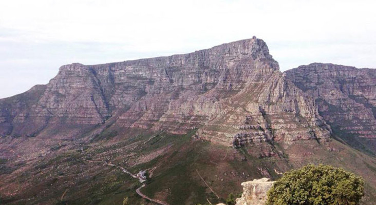 Two dead in Table Mountain accident