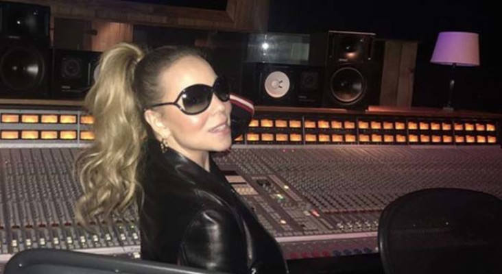 Mariah Carey hits signature high note while getting COVID vaccine