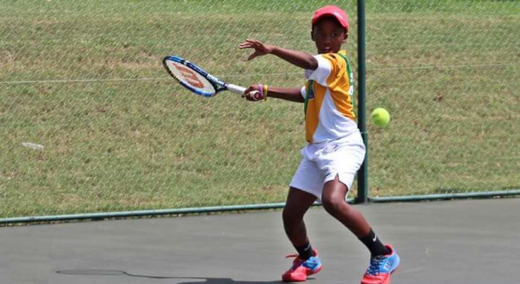 Rising tennis star Khololwam Montsi is determined to make SA proud