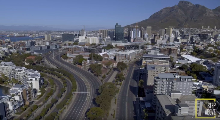 [WATCH] Excellent drone footage shows empty streets, empty beaches in Cape Town