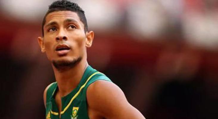 Wayde van Niekerk breaks another world record