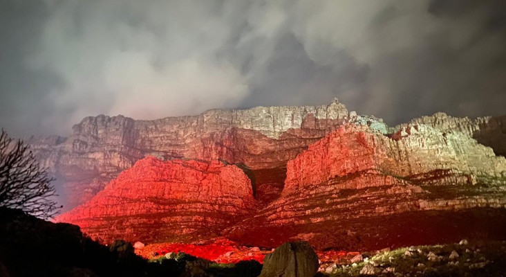 #LightSARed: South Africans lit SA red in protest
