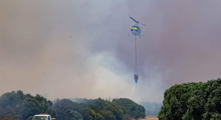Betty's Bay structures burning, says fire chief
