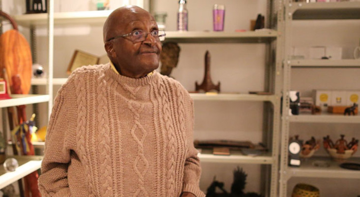 Tutu in hospital with persistent infection