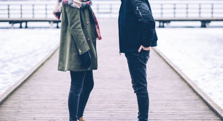 Falling out of love? Signs and stages of romantic disengagement