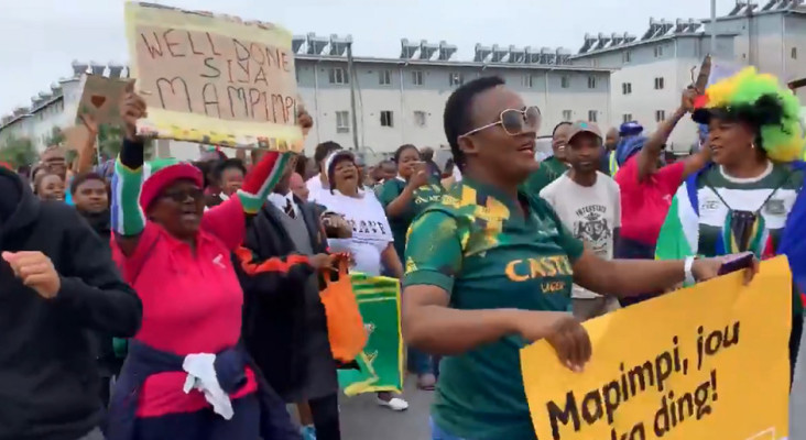 [WATCH] Jubilant Langa residents welcome Bok squad