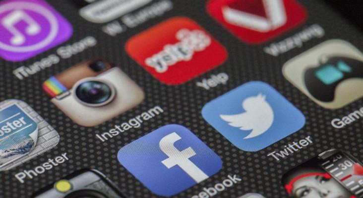 [LISTEN] Treating social media addiction