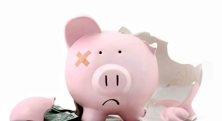 Feeling the repercussions of overspending? Top tips on how to beat holiday debt