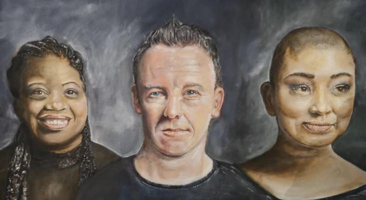 Kfm Mornings Gift Their Portrait To Premier Alan Winde