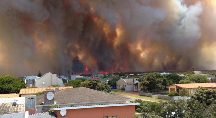 Concerned listeners' live update: Overstrand Fire!