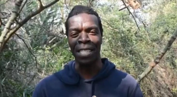 [WATCH] isiZulu tour guide teaching 'clicking sounds' in deep, mesmerising voice
