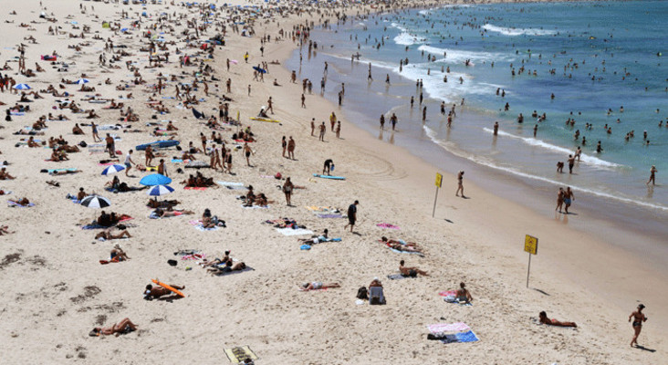 Capetonians warned to stay clear of Milnerton beach this weekend