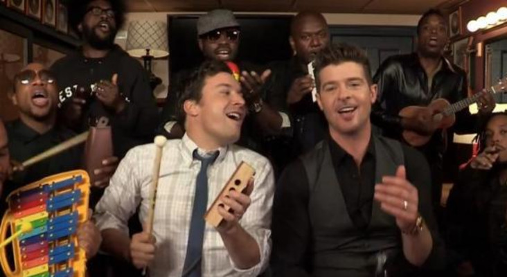 Jimmy Fallon does Blurred Lines with Robin Thicke
