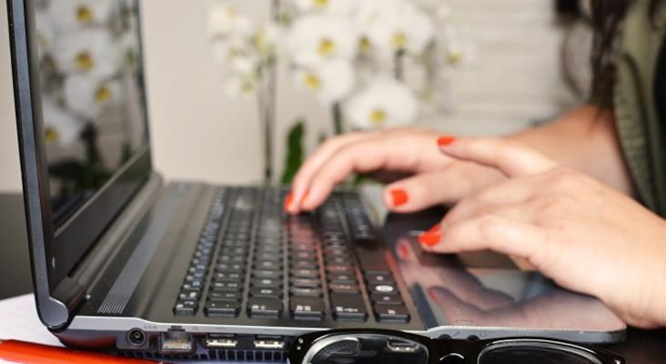 Phillipa Geard lands top biz award five years into online job agency for moms