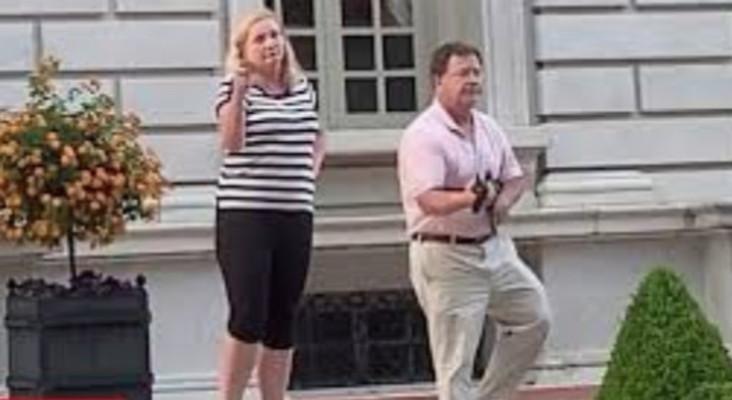 [VIDEO] Couple pointing guns at St. Louis protestors goes viral