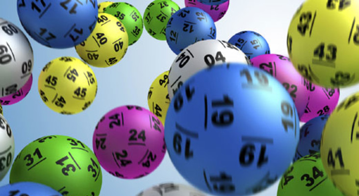 [LISTEN] How to spend R210m Powerball jackpot