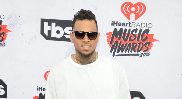 Chris Brown collaborates with R  Kelly on new album
