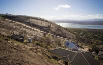 An area of Knysna on August 20, 2017 that was burnt during the fires in June, now faces problems with soil erosion and during heavy rains, mudslides. Picture: Thomas Holder/EWN