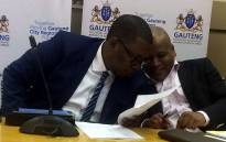 Gauteng Education MEC, Panyaza Lesufi (L) held a briefing where he announced that pupils on the online application waiting list were placed at schools. Picture: Masa Kekana/EWN.