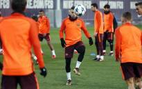 Barcelona players are seen during a training session. Picture: @FCBarcelona/Twitter.