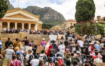 UCT Fees2017 protesters march to Jameson Hall. Picture: Anthony Molyneaux/EWN