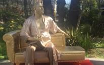 The Harvey Weinstein statue. Picture: @plasticjesusart/Twitter
