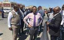 Police Minister Fikile Mbalula visited Hanover Park on 13 October 2017 during a police operation in the Cape community. Picture: Lauren Isaacs/EWN.