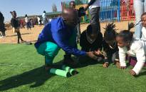 Finance Minister Malusi Gigaba spends Mandela day at Kholwani Primary School in Soweto. Picture: Kgothatso Mogale/EWN