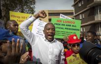 DA leader Mmusi Maimane outside the Zambian embassy with his supporters in Pretoria on 26 May 2017. Picture: Thomas Holder/EWN